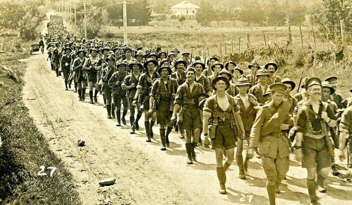 Soldater fra New Zealand på vei til Europa og krigen i 1917. (Foto: Wikimedia Commons)