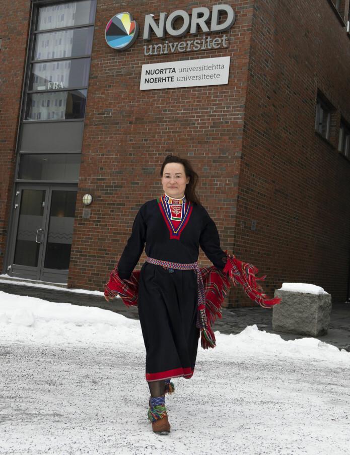Talsperson for bedre samisk kulturforståelse: forsker Anette Iren Langås Larsen.