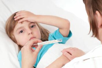 Feber er kroppens reaksjon på uvedkommende gjester, som bakterier. De liker ikke at kroppstemperaturen stiger. (Foto: Colourbox)