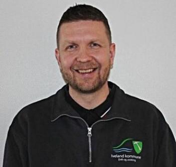 Egil Mølland er sjef for drift og utvikling Iveland kommune. De har lyktes med å få eldre til å flytte mer sentralt i kommunen.