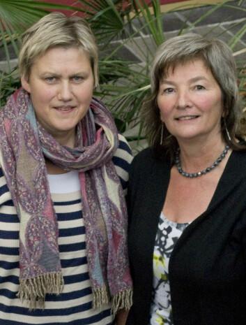 Daglig leder ved Likestillingssenteret på Hamar, Signe Opsahl (t.v.) og prosjektleder Ingrid Guldvik. (Foto: Ragnhild Fjellro)