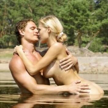 Porno påvirker ikke ungdommenes sexliv så mye som man kanskje skulle tro. Det finnes sammenhenger – men de er beskjedne. (Foto: Colourbox)
