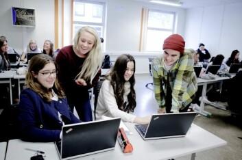 Skolene etterlyser nok tydeligere føringer fra skoleeierne, mener Berit Roksvåg ved opplæringsavdelingen ved Hordaland fylkeskommune. Bildet er fra en av «hennes» skoler, Bjørgvin videregående skole, og viser spanske og norske elever i samarbeid. (Foto: SIU)