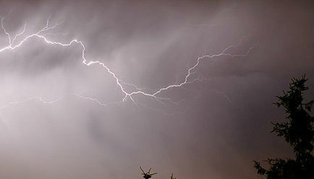 Spør en forsker: Hvorfor får jeg skallebank i tordenvær?
