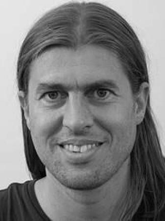 Anders Aak forsker på bekjempelse av skadedyr hos Folkehelseinstituttet.