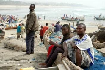 """""""Det lille fiskersamfunnet i utkanten av Accra klarer så vidt å brødfø sine egne ved hjelp av fangsten fra de små båtene. I globaliseringens tidsalder konkurrerer de mot store internasjonale trålere som selger fisken billigere, og de står derfor i fare for å miste levebrødet sitt."""""""