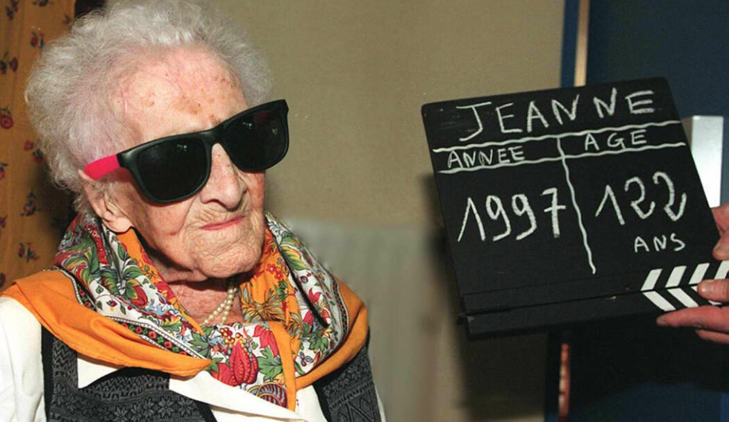 Verdens lengstlevende kvinne, Jeanne Calment, var 122 år og 166 dager gammel da hun døde i 1997. Frem til da var hun et yndet intervjuobjekt som stilte på det meste. Selv om det krevde komisk store solbriller.