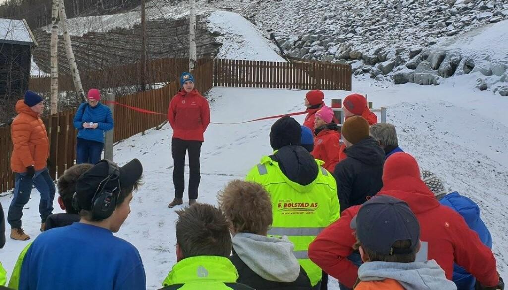 Vassdrags- og energidirektør Kjetil Lund held tale før snorklipping og offisiell opning av anlegget.