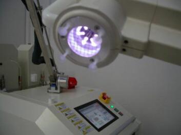 Desinfisering ved hjelp av plasmalys basert på romteknologi skal drepe superbakterier på sykehus. (Foto: Max-Planck-instituttet for fysikk)