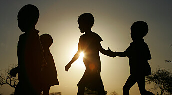 Familien kan gi behandling til traumatiserte barn