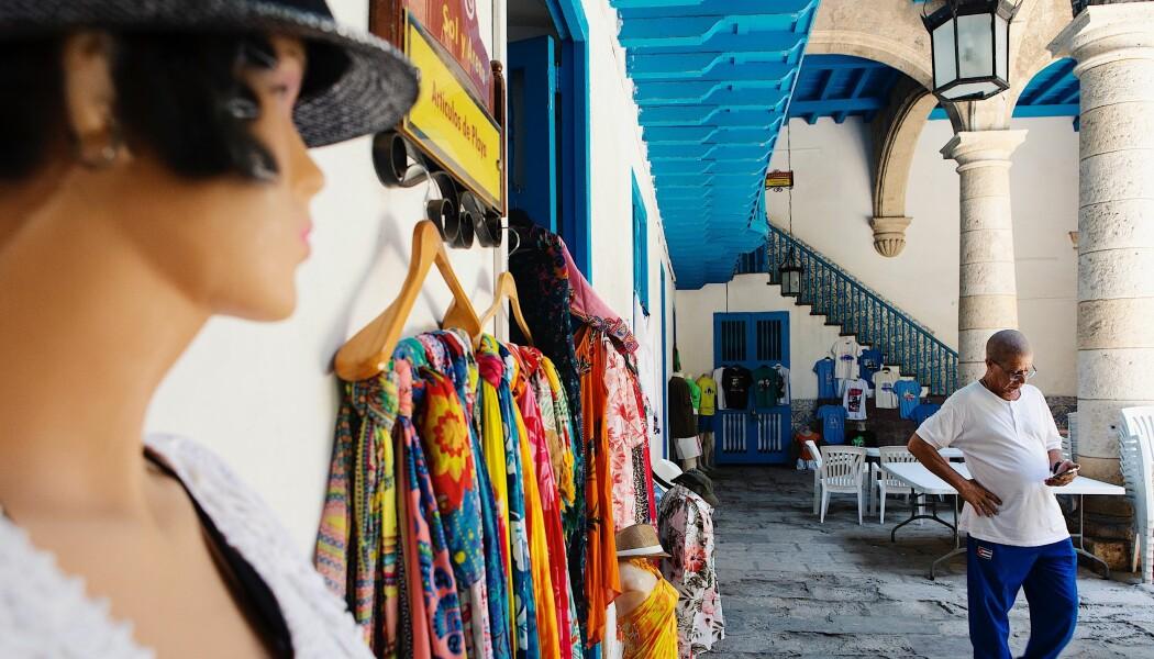 Økonomiske reformer fikk mange som jobbet ulovlig på Cuba til å registrere seg som arbeidere, men opplevelsen av å bli regulert av myndighetene er blandet.