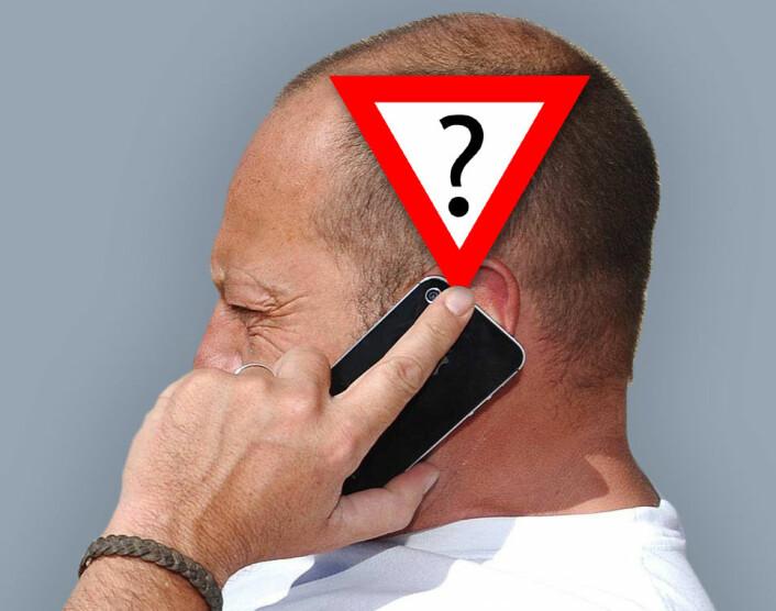 Storbrukere av mobiltelefon over lang tid kan risikere en spesiell type hjernesvulst som kalles gliom, viser en undersøkelse basert på den store europeiske studien Interphone. Men resultatene er usikre, og forfatterne anbefaler at de gjentas. (Illustrasjonsfoto: www.colourbox.no, bearbeidet av forskning.no)