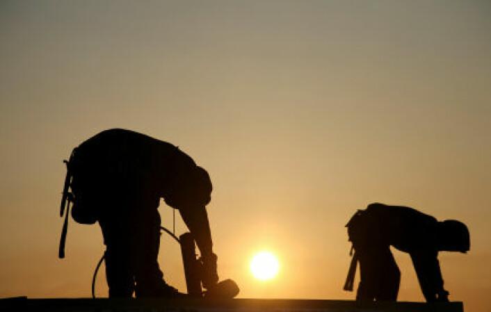 Arbeidsinnvandring gir redusert lønnsvekst for norske arbeidstagere, spesielt for de med lav formell kompetanse og lite erfaring. (Illustrasjonsfoto: iStockphoto)
