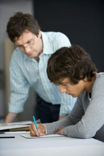Flere av elevene opplevde god støtte fra lærerne, både faglig og sosialt. Dette var spesielt viktig for skolesvake elever. (Illustrasjonsfoto: www.colourbox.com)