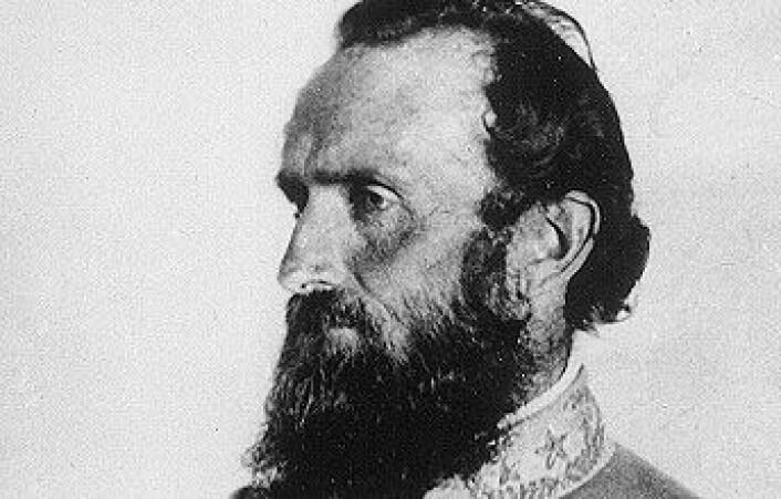 Thomas Stonewall Jackson. Bildet er tatt bare syv dager før han ble skutt under slaget ved Chancellorsville. (Foto: Wikimedia commons)