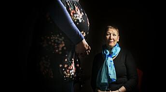 Forsker: – Vi kan ikke risikere å miste flere jordmødre fordi arbeidspresset er for stort