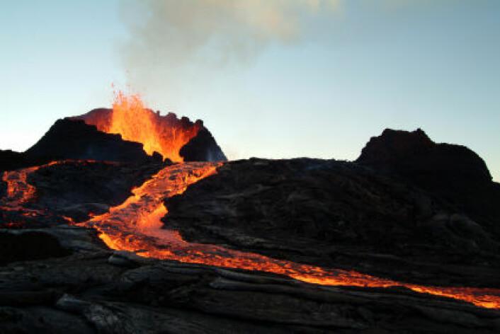 Vulkanstøv og gasser, for eksempel svoveldioksid, kan ha en dramatisk virkning på klimaet på jorden. (Illustrasjonsfoto: iStockphoto)