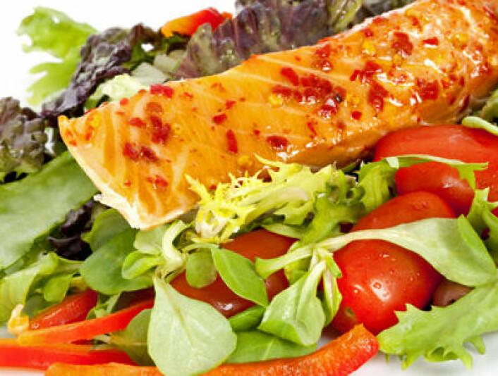 Diett basert på lavkarbo gir høyere forbrenning, indikerer ny studie fra USA. Forskerne kan ikke forklare hvorfor. (Foto: iStockphoto.com)