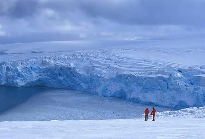 Vatnet frå Grønlands smeltande isbrear vil gi havstiging i andre deler av verda, ikkje i Noreg, ifølgje klimaforskarar. (Illustrasjonsfoto: Colourbox)