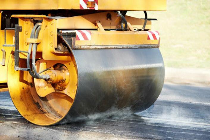 Vegvesenet har testet ut støysvak asfalt, og vil ta en nøye gjennomgang av den svenske undersøkelsen. (Foto: Colourbox)