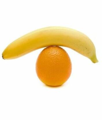 I appelsiner og bananer er vitaminene er mer jevnt fordelt. (Foto: Colourbox)