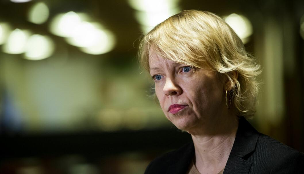 Overlege Siri Helene Hauge ved FHI møtte pressen mandag ettermiddag. Det siste døgnet er det bekreftet seks nye tilfeller av koronaviruset i Norge.