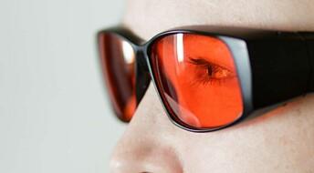 Folk med bipolar lidelse sov bedre med oransjebriller