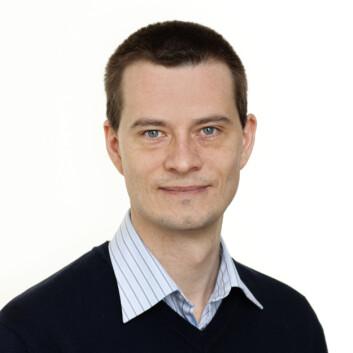 Jacob Hølen, sekretariatsleder i NEM, tror ikke vi er tjent med en utvikling der alle får individuelle tilbakemeldinger fra genetiske undersøkelser i befolkningsstudier. (Foto: Trond Isaksen)