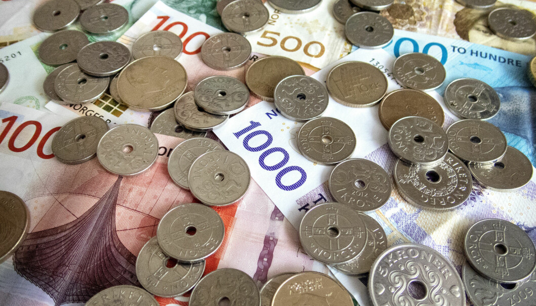 Lønnsforskjellene mellom menn og kvinner minker sakte