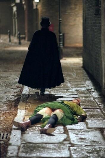 Historien om seriemorderen Jack the Ripper har vært filmet et utall ganger. Her med From Hell fra 2001. (Foto: 20th Century Fox)
