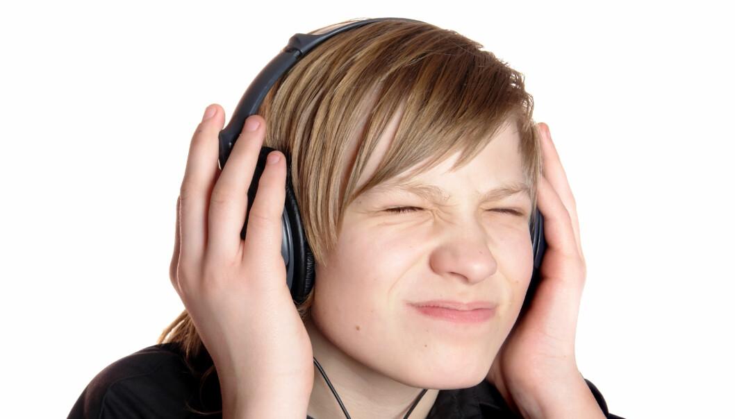 Ikke alle liker å høre på musikk. Men hvis du er stressa, hjelper det kanskje med avslappende toner i ørene.