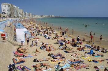 Intens soling i ferien øker kreftfaren, ifølge forskning. (Illustrasjonsfoto: Colourbox)