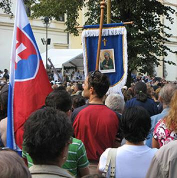 Pilegrimsfarere i Šaštín, Slovakia. (Foto: Alexander Bielicki)