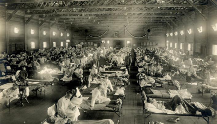 Spanskesyken i 1918 var både svært smittsom og hadde nokså høy dødelighet. Her fra et militærsykehus i Kansas, USA.