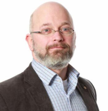 Jörn Klein forsker på smittsomme sykdommer ved Universitetet i Sørøst-Norge.