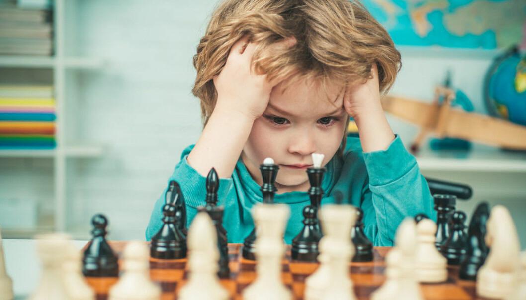 Barn som lærer spesielt raskt ligger gjerne langt foran de andre i klassen sin. Det kan gjøre at de føler de ikke lærer noe på skolen.
