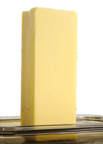 På første halvdel av 1900-tallet fikk arbeiderne mer penger mellom hendene, og margarin ble svært populært. Dessverre var margarinen den gang fylt med transfettsyrer og utgjorde derfor en større helserisiko enn i dag. (Foto: www.colourbox.com)