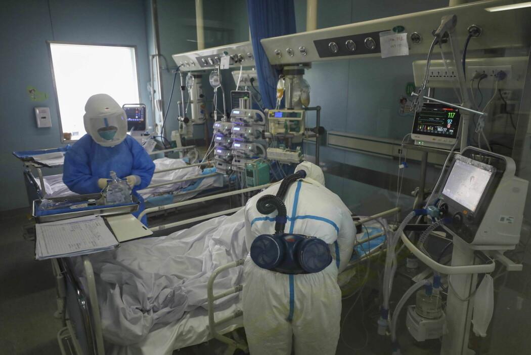 Kinesiske forskere har funnet flere risikofaktorer hos pasienter som dør av korona-viruset