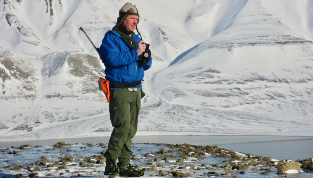Bjørn Munro Jenssen på feltarbeid på Svalbard.