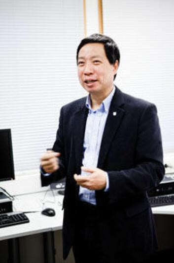 Chunming Rong er prosjektleder for forskningsprosjektet som skal utvikle et regelverk for nettskyer. (Foto: UiS)