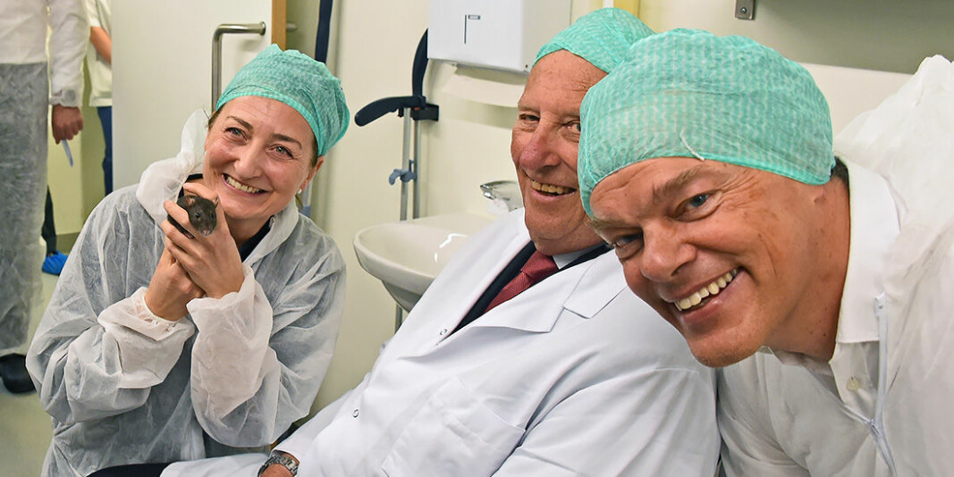 His Majesty King Harald V of Norway visited May-Britt and Edvard Moser in their laboratory last year.