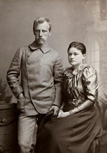 Eva og Fridtjof Nansen som nygifte i 1889. (Foto: Christian Gibsson/ Nasjonalbiblioteket)