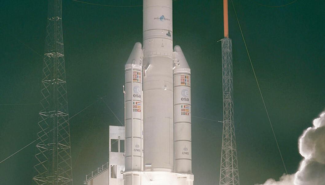 ENVISAT skytes opp fra Kourou i Fransk Guyana 1. mars 2002 klokka 02:07 norsk tid, med en Ariana-5-rakett. ESA