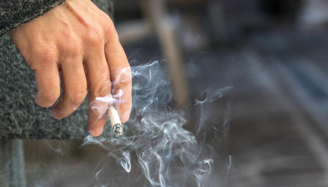 En ny studie viser at luften inne blir forurenset av røykere - selv om ingen har røyket i det aktuelle rommet.