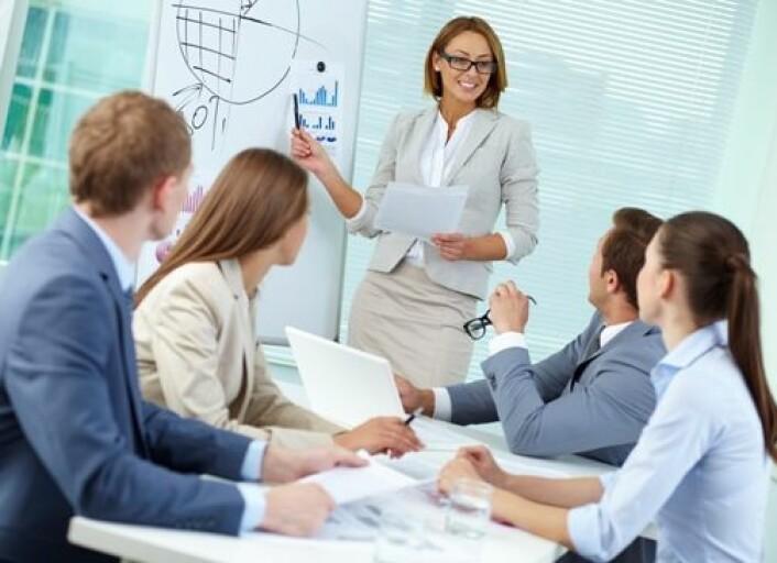 Dyktige ledere evner å kommunisere et bilde for fremtiden, en visjon som mobiliserer publikum, mener ledelsesforsker Jan Ketil Arnulf. (Foto: Colourbox.com)
