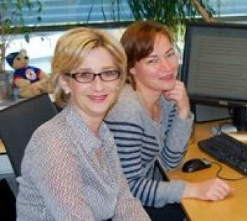 Professorene Lianne Woodward (t.v.) og Kristine Walhovd. (Foto: Svein Harald Milde)
