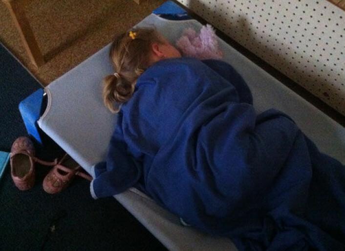 Formiddagslur på førskolen. Barna husket bedre etter en blund enn om de ble holdt våkne. (Foto: Rebecca Spencer)