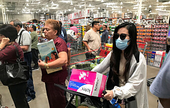 Verden med virus: – Minner oss om hvor lite kontroll vi har