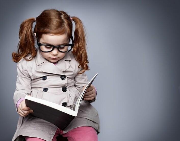 De store innovatørene gjennomhistorien kjennetegnes av at de tenker ut av boksen og som barn interesserer de seg ofte ikke for det andre barn er opptatt av, sier innovasjonsforsker og professor Melissa Schilling. (Foto: dreamerve, Microstock)