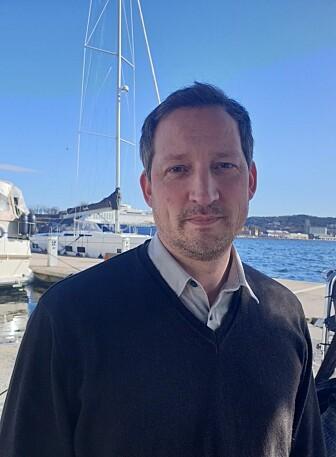 - Det er et sunt kappløp mellom omlag 50 forskningsmiljøer i hele verden om å utvikle koronavaksinen, sier Paul Kristiansen. Han er assisterende direktør for forskning og utvikling ved CEPI.
